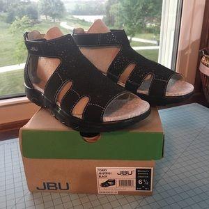 JBU black sandals NEW  in box.